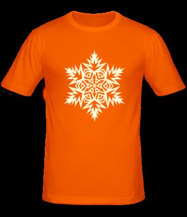 Мужская футболка  Остроугольная снежинка (свет)