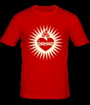 Мужская футболка  Пылающее сердце (свет)