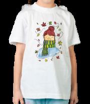 Детская футболка  Девушка в листве